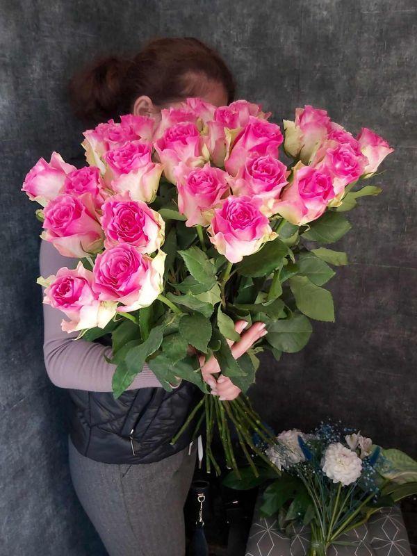 Импортная роза