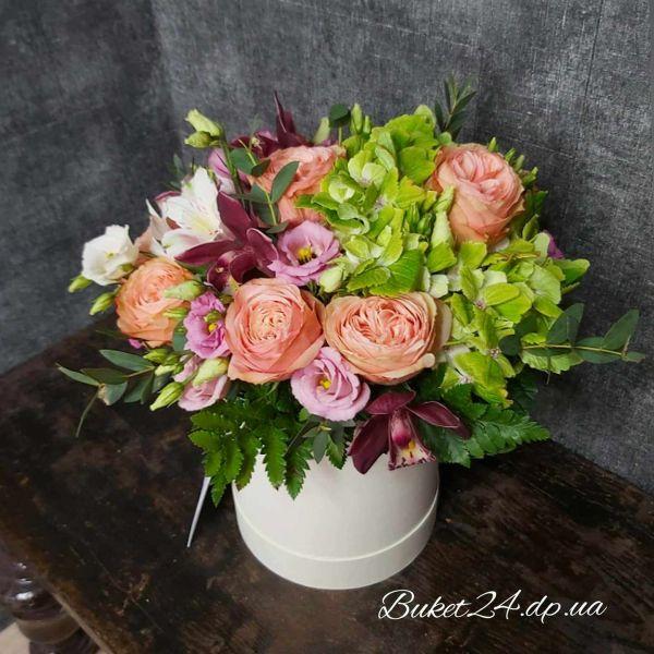 """Цветы в коробке """" Счастливы вместе"""""""