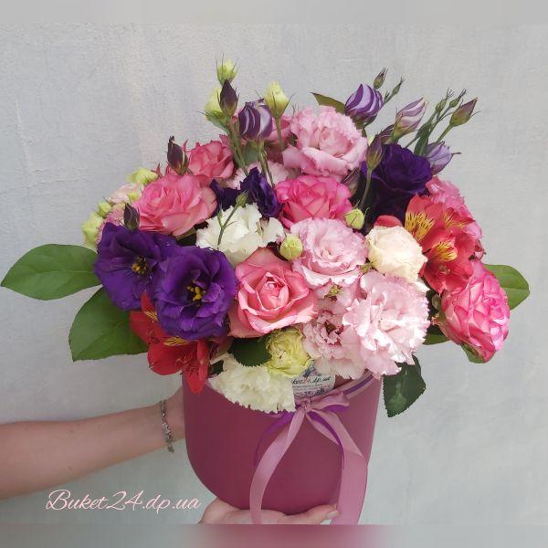 FLOWERS BOX С РОЗАМИ ЗЕФИРКА
