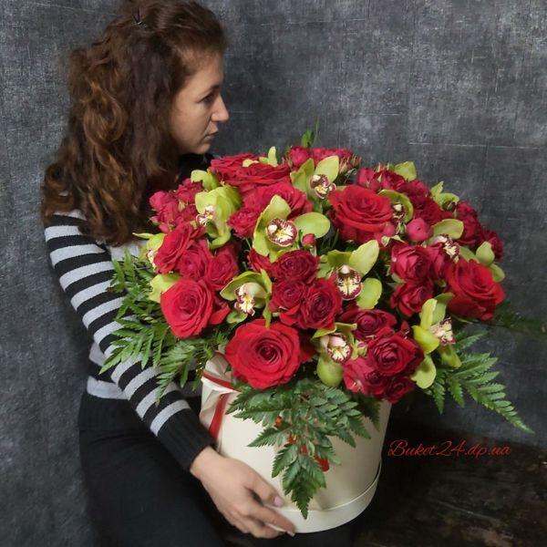Шляпная коробка с розами размер PREMIUM