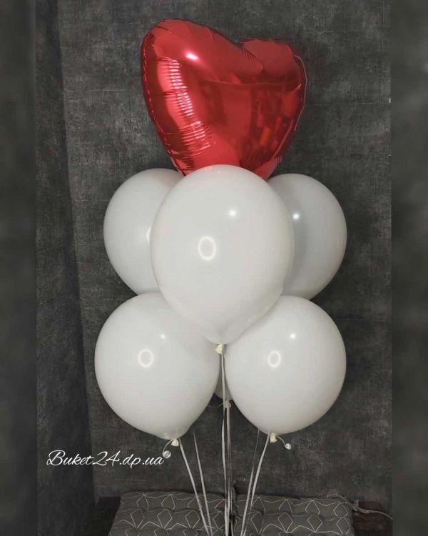 """Фонтан из шаров """"Красное сердце"""""""