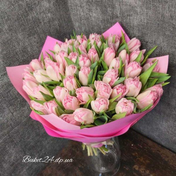 Букет роскошных тюльпанов