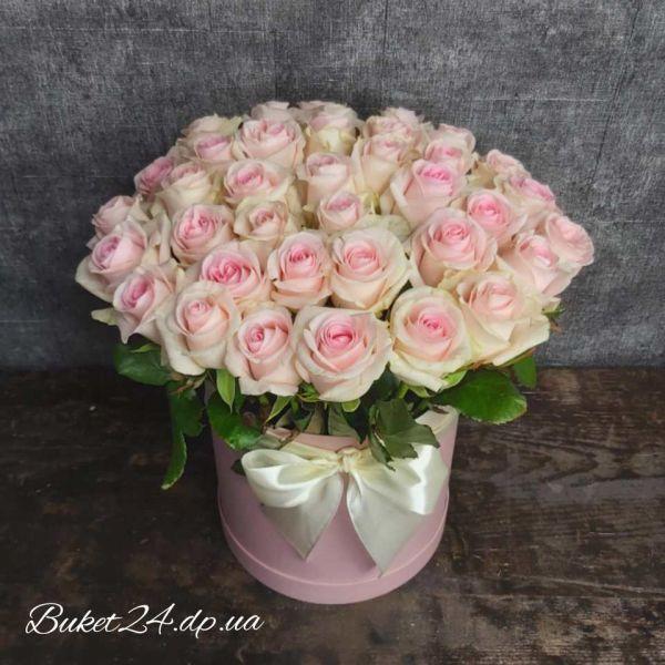 """37 роз в шляпной коробке """"Пудра"""""""