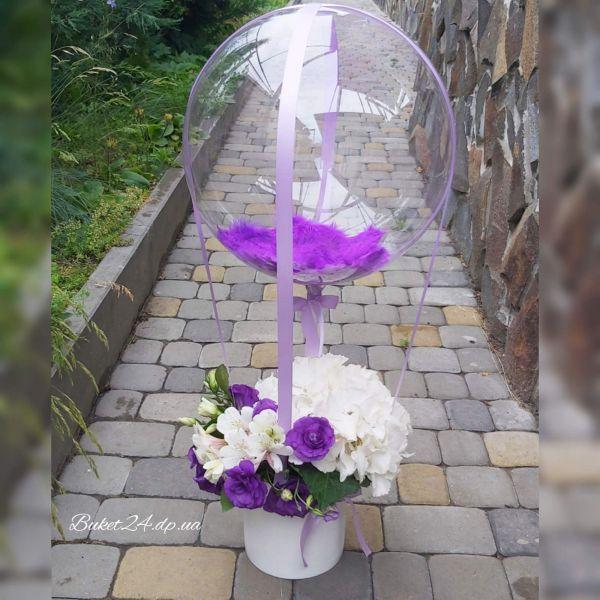 Шар Bubbles с цветами в шляпной коробке